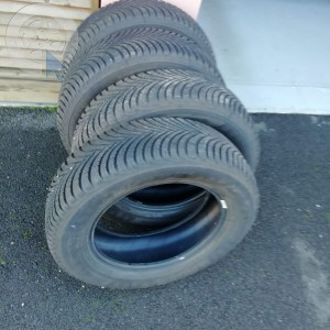 pneu occasion MICHELIN 195 65 R15 alpin 5 dpt 33